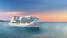 Video: Seabourn Encore knallt gegen Frachtschiff