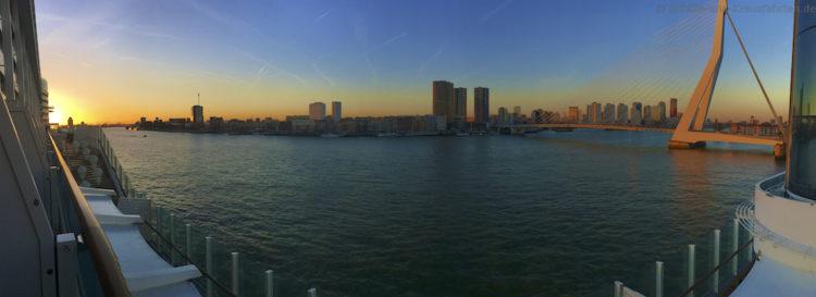 Sonnenuntergang in Rotterdam
