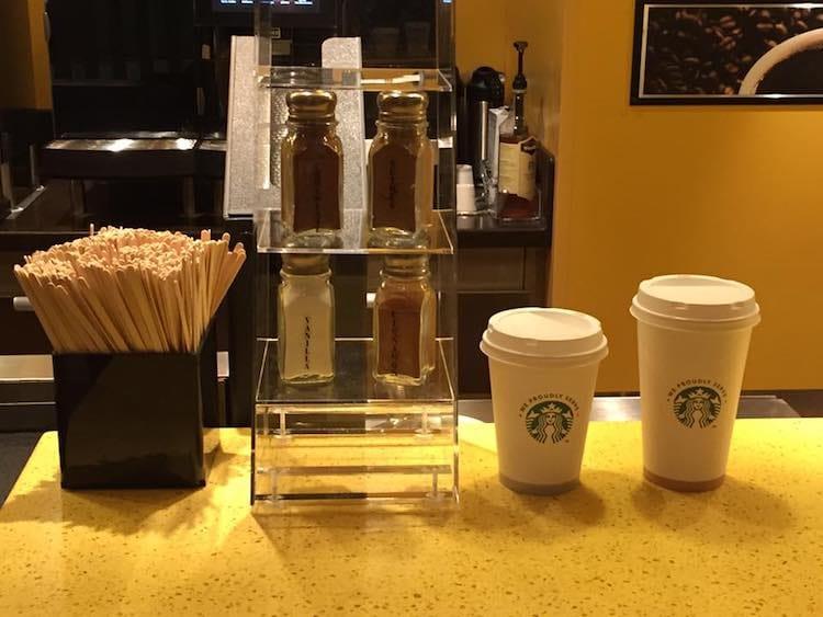 AIDAprima Starbucks Becher / © Sascha Meyer
