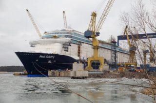 Mein Schiff 6 Aufschwimmen in Turku © TUI Cruises