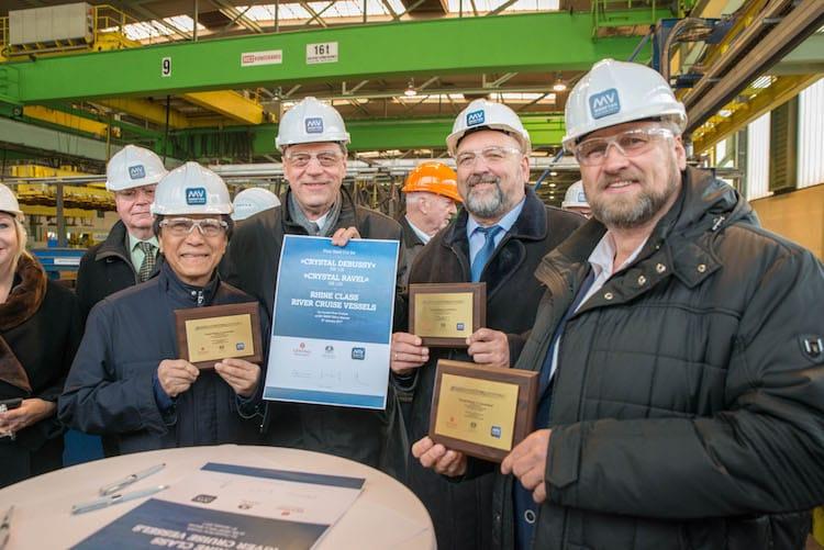 """Brennstart für die Flusskreuzfahrtschiffe """"Crystal Debussy"""" und """"Crystal Ravel"""" bei den MV Werften in Wismar / © MV Werften"""
