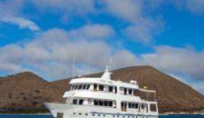 Galapagos Kreuzfahrt inklusive Flüge und Hotel mit der Xavier III