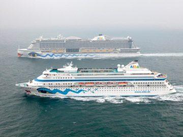AIDAcara und AIDAprima auf hoher See auf dem Weg in den Hamburger Hafen / © AIDA Cruises