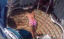17-Meter Sprung auf hoher See: Aqua Theatre auf der Harmony of the Seas