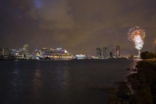 AIDAvita Selection Reise ab Miami startet mit großem Feuerwerk / © AIDA Cruises