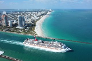 Carnival Glory Luftansicht / © Carnival Cruise Line