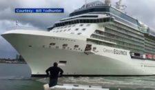 Video: Celebrity Equinox kommt Terrasse in Fort Lauderdale gefährlich nahe