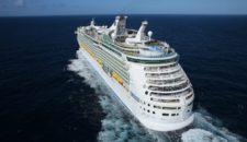 Navigator of the Seas:  Medizinischer Notfall – Abbergung mit Heli