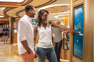 Ocean Medallion als Kette © Princess Cruises