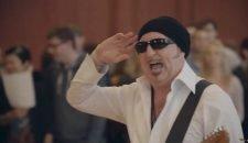 AIDA Lied von Wayne Morris (Video & Songtext)