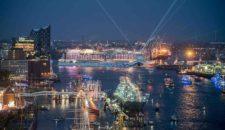 AIDAprima – Erster Geburtstag mit Feuerwerk in Hamburg (Bilder/Video)