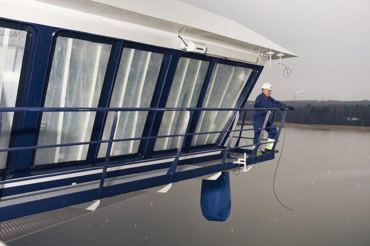 Kapitän Kjell Holm auf der Mein Schiff 6 / © TUI Cruises