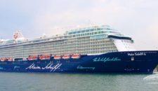 Live: Mein Schiff 6 Taufe in Hamburg