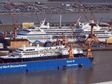 Kreuzfahrtschiffe im Dock der Lloyd Werft Bremerhaven / © Lloyd Group