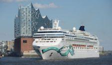 Norwegian Jade: Erstanlauf in Hamburg