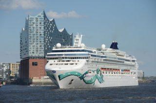 Norwegian Jade während ihres Erstanlaufes in Hamburg © Norwegian Cruise Line