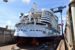 Bilder: Symphony of the Seas im Bau bei STX