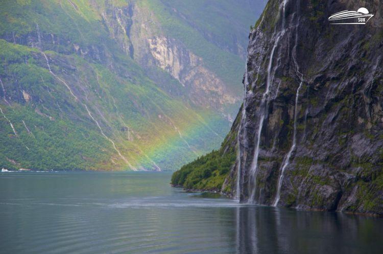 Wasserfall im Geirangerfjord