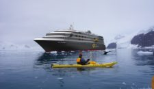 MS World Explorer bietet Antarktis Expeditionen