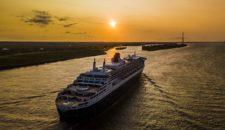 Queen Mary 2:  Von Hamburg nach New York inkl. 3 Nächte Hotel in NY & Flug