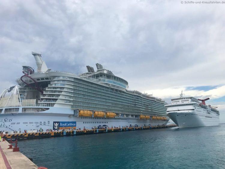 Harmony of the Seas im Hafen von Cozumel