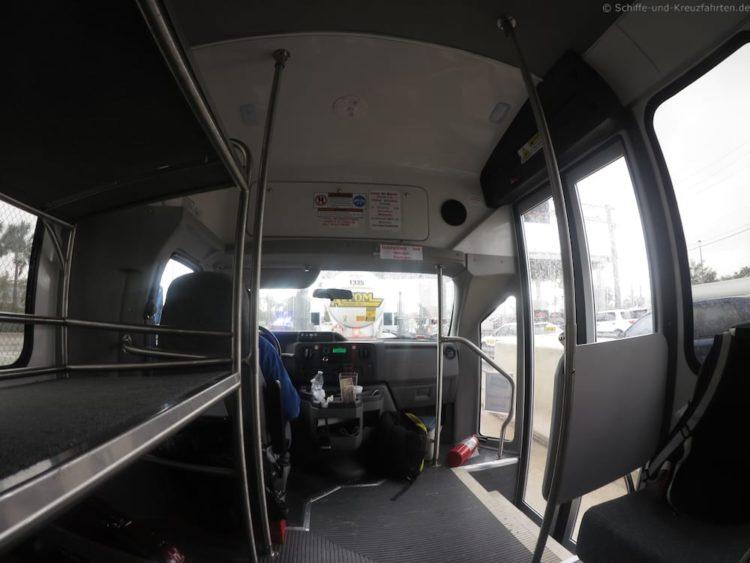 Den Shuttle-Bus hatten wir für uns alleine