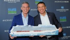 Norwegian Bliss Taufe durch Elvis Duran am 30. Mai 2018 in Seattle