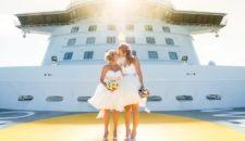 Erste gleichgeschlechtliche Hochzeit auf der Mein Schiff von TUI Cruises