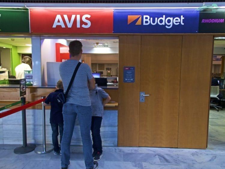 Avis Mietwagen Station am Flughafen Lanzarote