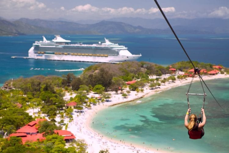 Freedom of the Seas in Labadee / © Royal Caribbean