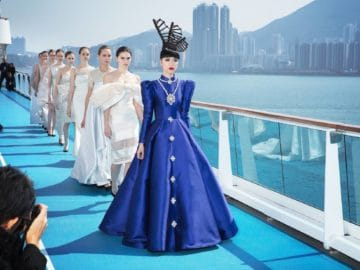 Auf der Costa neoRomantica gab es wieder eine Fashion-Show im Hafen von Hongkong / © Costa Kreuzfahrten
