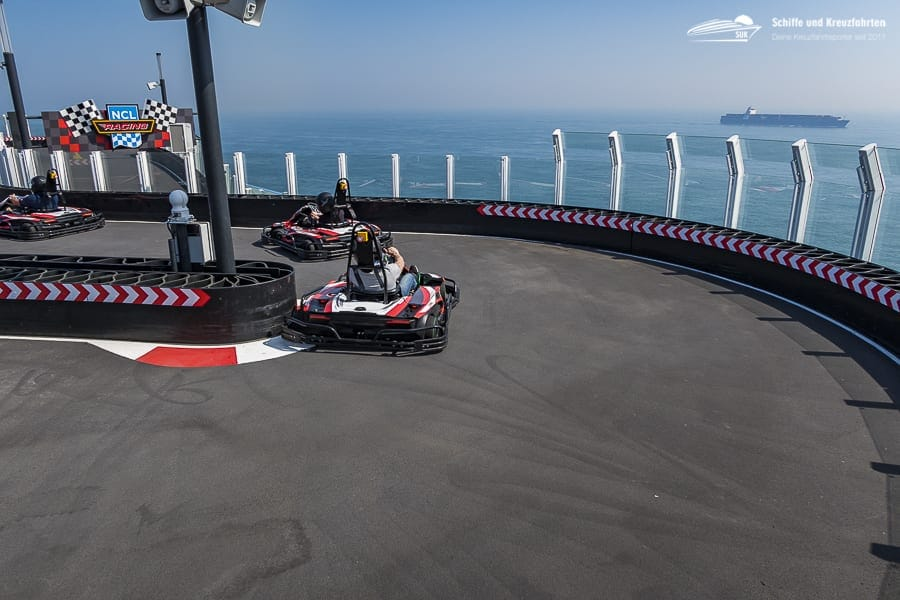 The Race Track - Kartbahn auf Norwegian Bliss