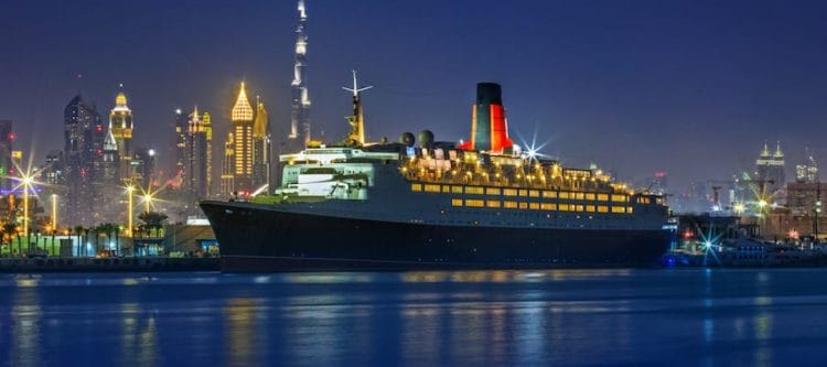 Die Queen Elizabeth 2 ist ab April 2018 ein Hotelschiff in Dubai im Port Rashid / © www.qe2.com