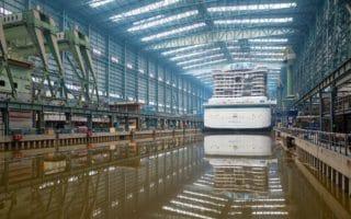 AIDAnova: Erstes Aufschwimmen in Papenburg