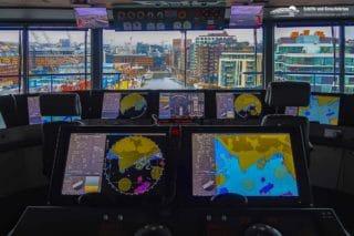 Die Kommandobrücke der neuen Mein Schiff 1