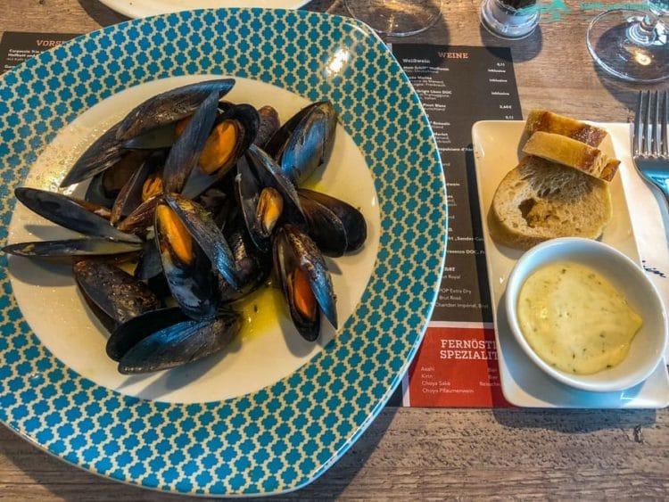 Miesmuscheln in Weißweinsauce - Mein Schiff 1 Fischmarkt