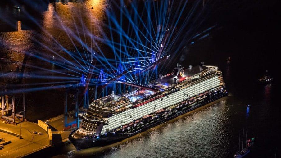 Mein Schiff 1 Taufe In Hamburg Bilder Und Videos Der Highlights