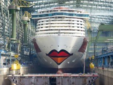 AIDAnova hat ihren Kussmund bekommen / © AIDA Cruises