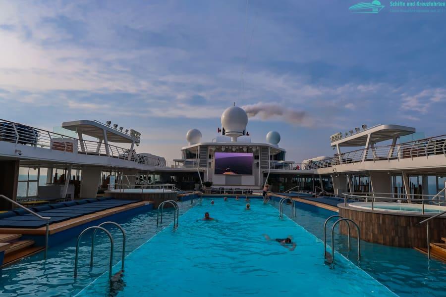 Umroutung der Mein Schiff 1 auf den Panoramafahrten: Aufnahme von Tallinn mit Landgängen