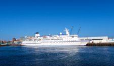 MS Berlin: Erstanlauf in Amsterdam und auf Borkum