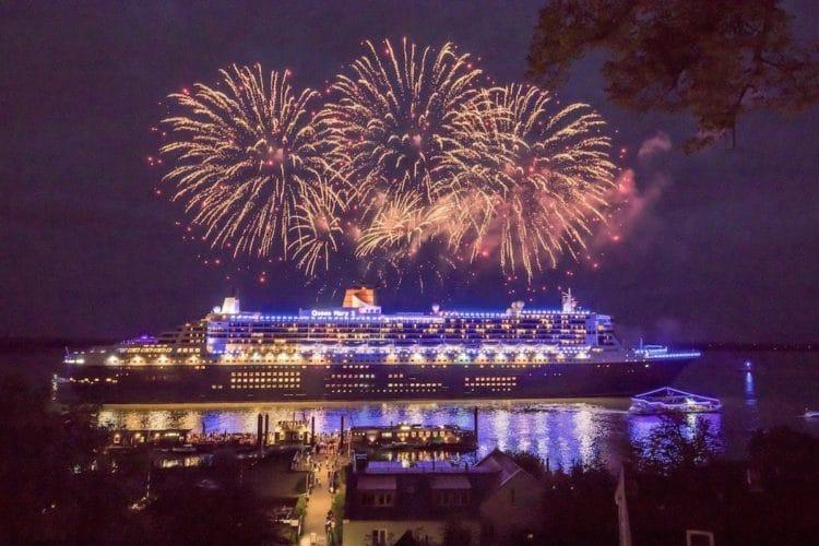 Queen Mary 2 beim Auslaufen aus dem Hamburger Blue Port 2018 / © Florian Sonntag