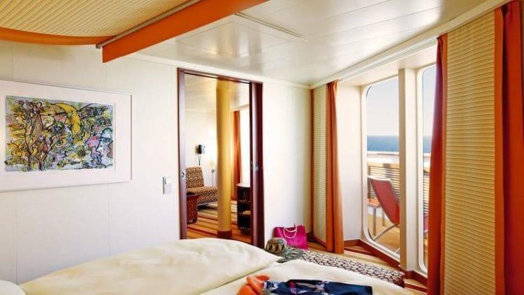 Deluxe Suite mit privatem Sonnendeck der AIDAsol / © AIDA Cruises