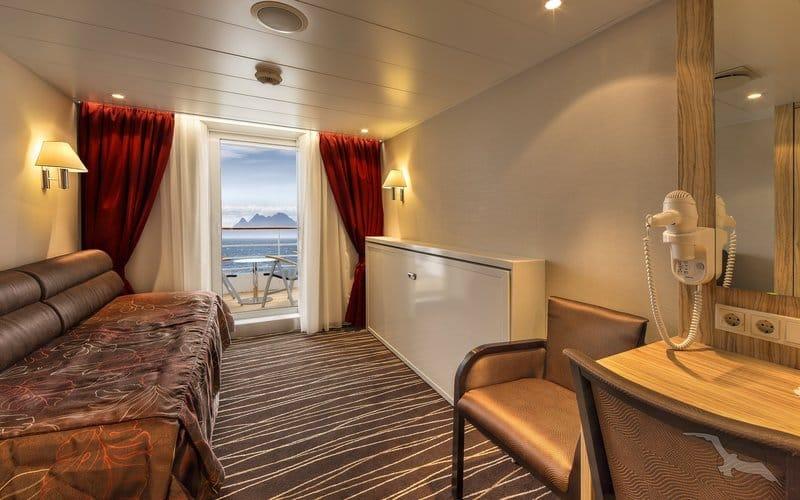 MS Albatros: 2-Bett Superior mit Balkon / © Phoenix Reisen