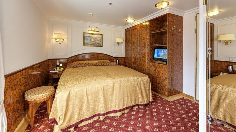 MS Deutschland: 2-Bett Superior mit französischem Balkon / © Phoenix Reisen