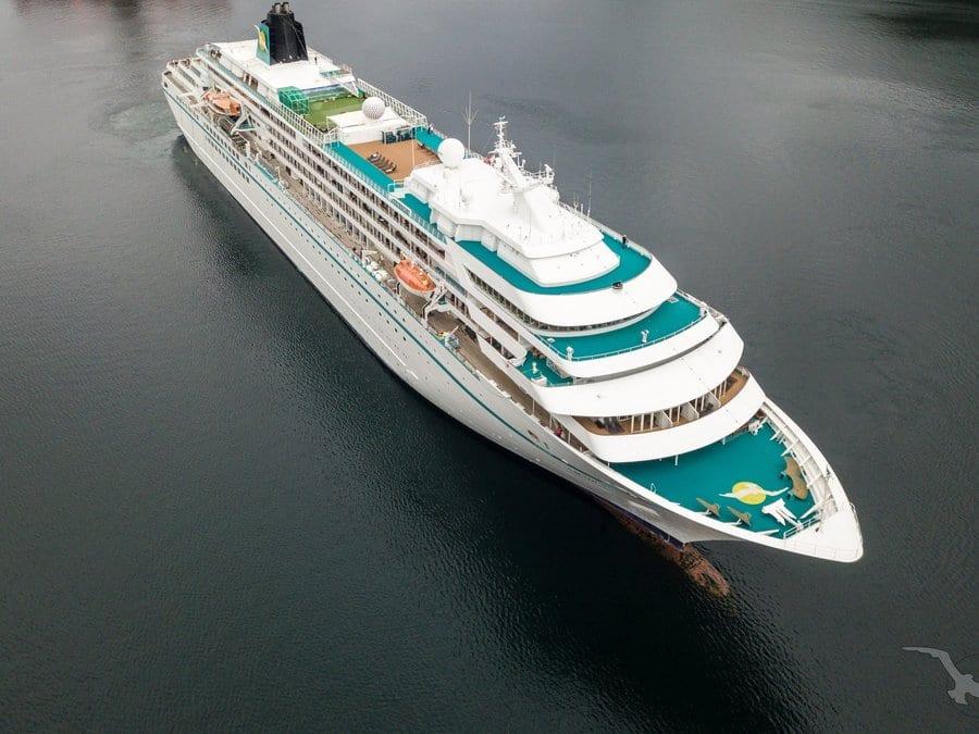 Phoenix Reisen: Auch für MS Amadea geht es in die Werft