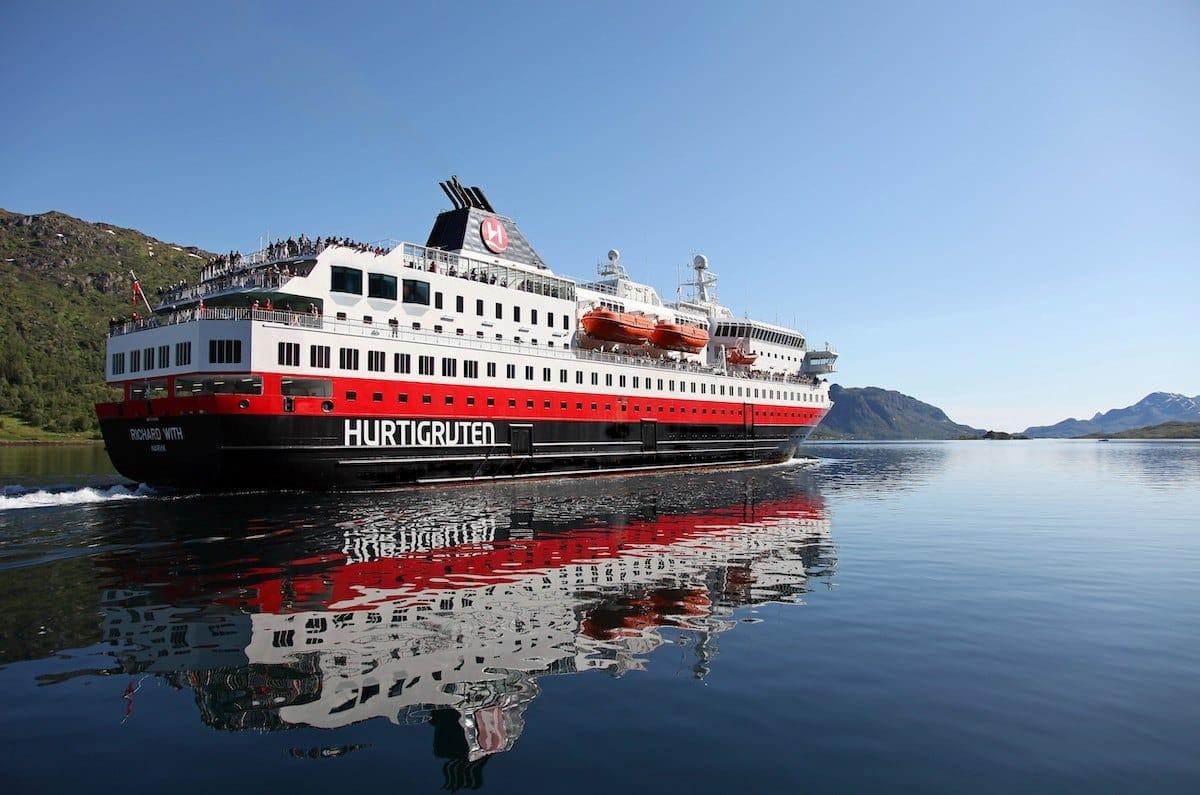 Hurtigruten mit weiteren Absagen bis Ende Juni 2020