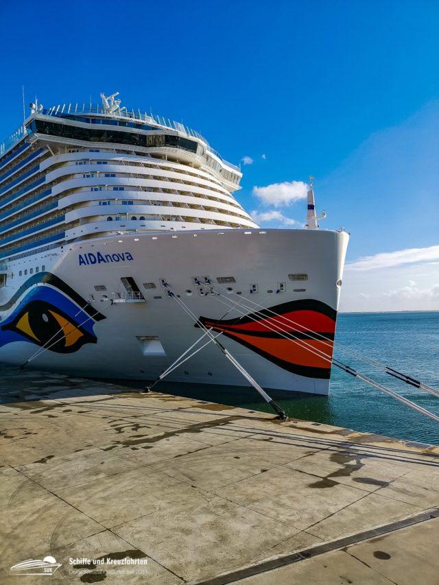 AIDAnova: 700 Bilder und 14 Videos von Bord
