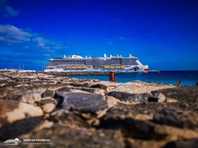 AIDA Cruises nun mit vier Schiffen vor Teneriffa