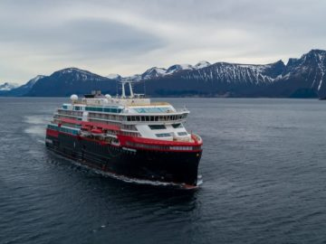 Foto: © UAVPIC.COM/Tor Erik Kvalsvik/Kleven/Hurtigruten