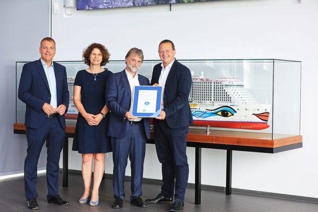 AIDAnova erhält den blauen Engel für ihr umweltfreundliches Schiffsdesign